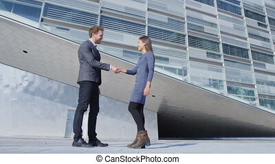 affaires femme, secousse, poignée main, mains, réunion homme, gens, -