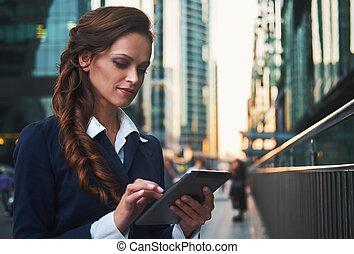 affaires femme, tablette, computer., joli, dehors