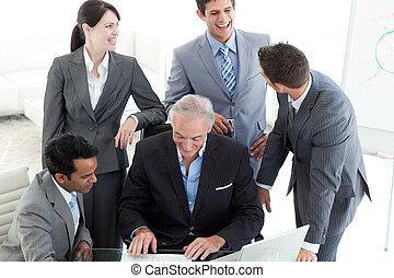 affaires gens, document, international, sourire, étudier