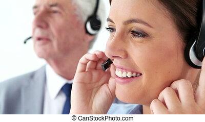 affaires gens, utilisation, ecouteurs, heureux