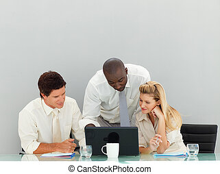 affaires internationales, gens, fonctionnement, dans, une, bureau