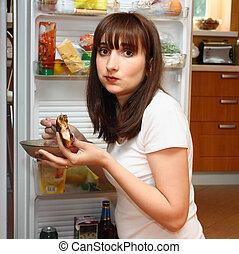 affamé, jeune femme, manger, poulet
