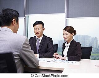 affari asiatici, persone