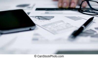 affari, fondo, con, grafica, e, penna