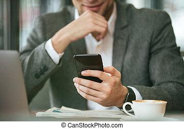 affari, seduta, immagine, raccolto, tavola, uomo sorridente
