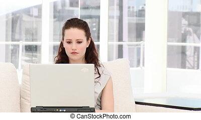 affari seri, donna, lavorando, uno