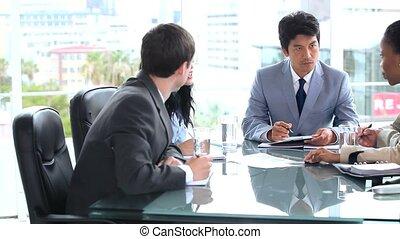 affari seri, squadra, parlare, insieme