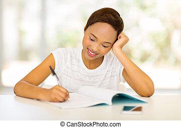 africaine, étudiant université, écriture, devoirs
