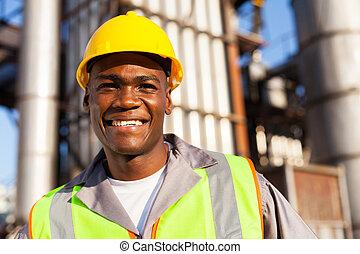africaine, ouvrier, dans, usine pétrochimique