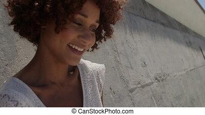 africaine, soleil, vue, délassant, américain, 4k, femme, jeune, devant, plage