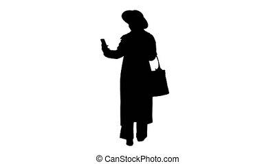 african, 소녀, 상의, 걷기, 수로, 유행, texting, 그녀, 미국 영어, 동안, 전화, 검은 ...