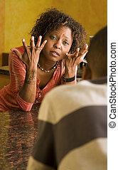 african-american női, és, hím, beszél, alatt, konyha