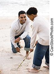 african-american, vater sohn, spielende , auf, sandstrand