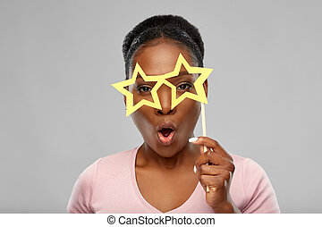 african american woman with star shaped glasses