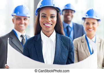africano americano donna, architetto