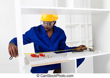 africano, carpintero