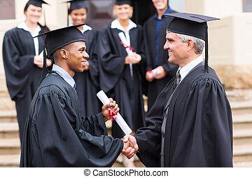 africano, decano, handshaking, macho, graduado