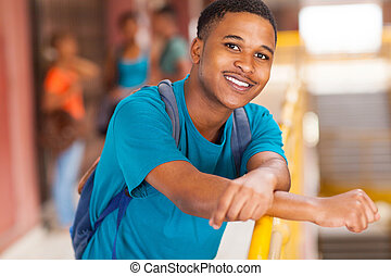 africano, estudiante universitario
