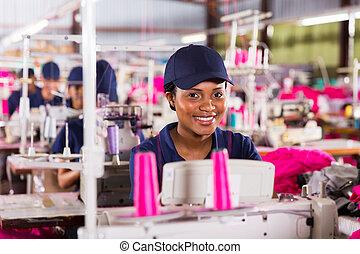 africano, lavoratore tessile