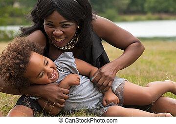 africano, mãe, é, tocando, com, dela, menina