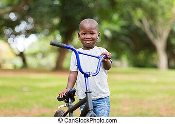 africano, menino, com, seu, bicicleta