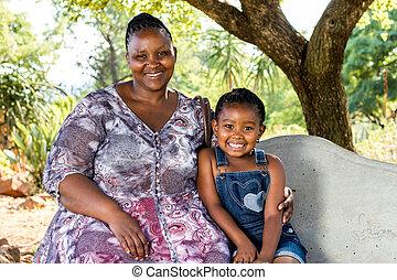 africano, niño, árbol., debajo, retrato, madre