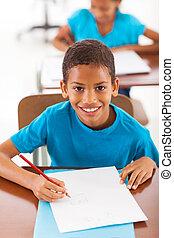 africano, scolaro, classwork, scrittura