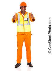 africano, trabalhador construção, dar, polegares cima