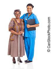 afrikaan, verpleegkundige, en, senior, patiënt