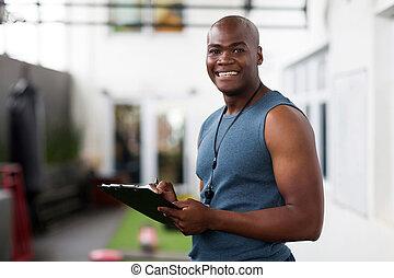afrikaanse amerikaan man, trainer, met, klembord