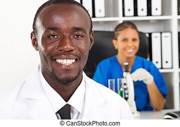 afrikaanse amerikaan, medisch, onderzoeker