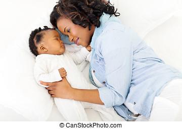 afrikanisch, mutter, schauen, eingeschlafen, baby