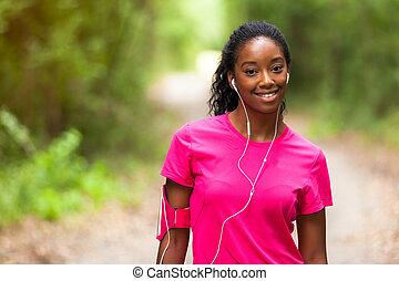 afrikanische amerikanische frau, jogger, porträt, -, fitness, leute, und, gesunder lebensstil