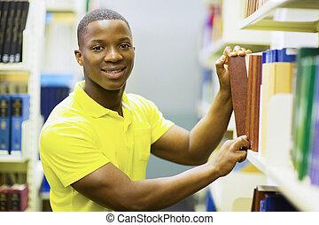 afrikanischer amerikaner, hochschule, junge, ziehen, bibliotheksbuch