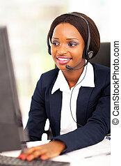 afrikanischer amerikaner, online, unterstuetzung, bediener