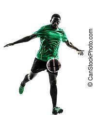 afrikanischer mann, fußballspieler, treten, silhouette