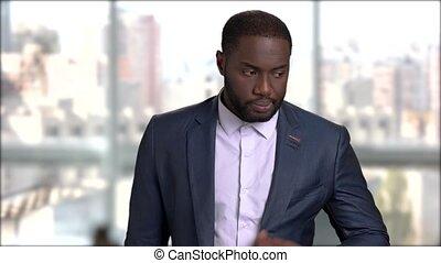 afro-américain, vérification, watch., temps, homme affaires, beau