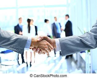 afsluiten, handen te schudden, op, zakenlieden