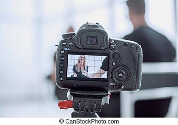 afsluiten, interview., gedurende, boven., fototoestel, tv studio