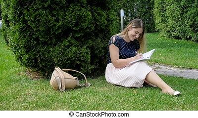 agenda, femme, parc, jeune, séance