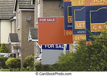 agente inmobiliario, señales, en, un, residencial, calle
