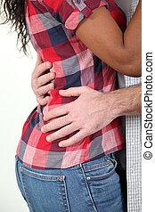 agganciare abbracciare