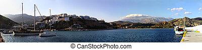 Agia Galini harbour and bay - Agia Galini resort on Crete, ...