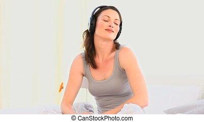 agréable, femme, musique écouter
