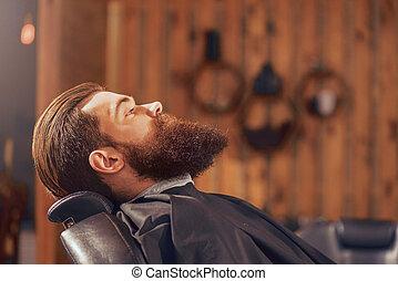 agradável, homem, barbershop, sentando