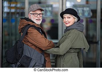 agradável, mulher, antigas, viajando, homem