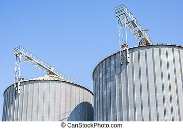 Agricultural storage tanks