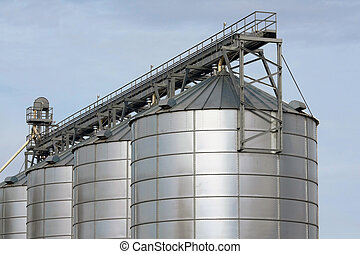 agricultural storage tanks
