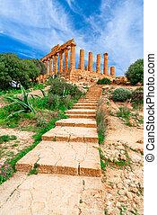 Agrigento, Sicily island, Italy: The Temple of Juno in the Valley of the Temple, Agrigento southern Italy