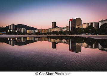 agua, edificios, reflejado